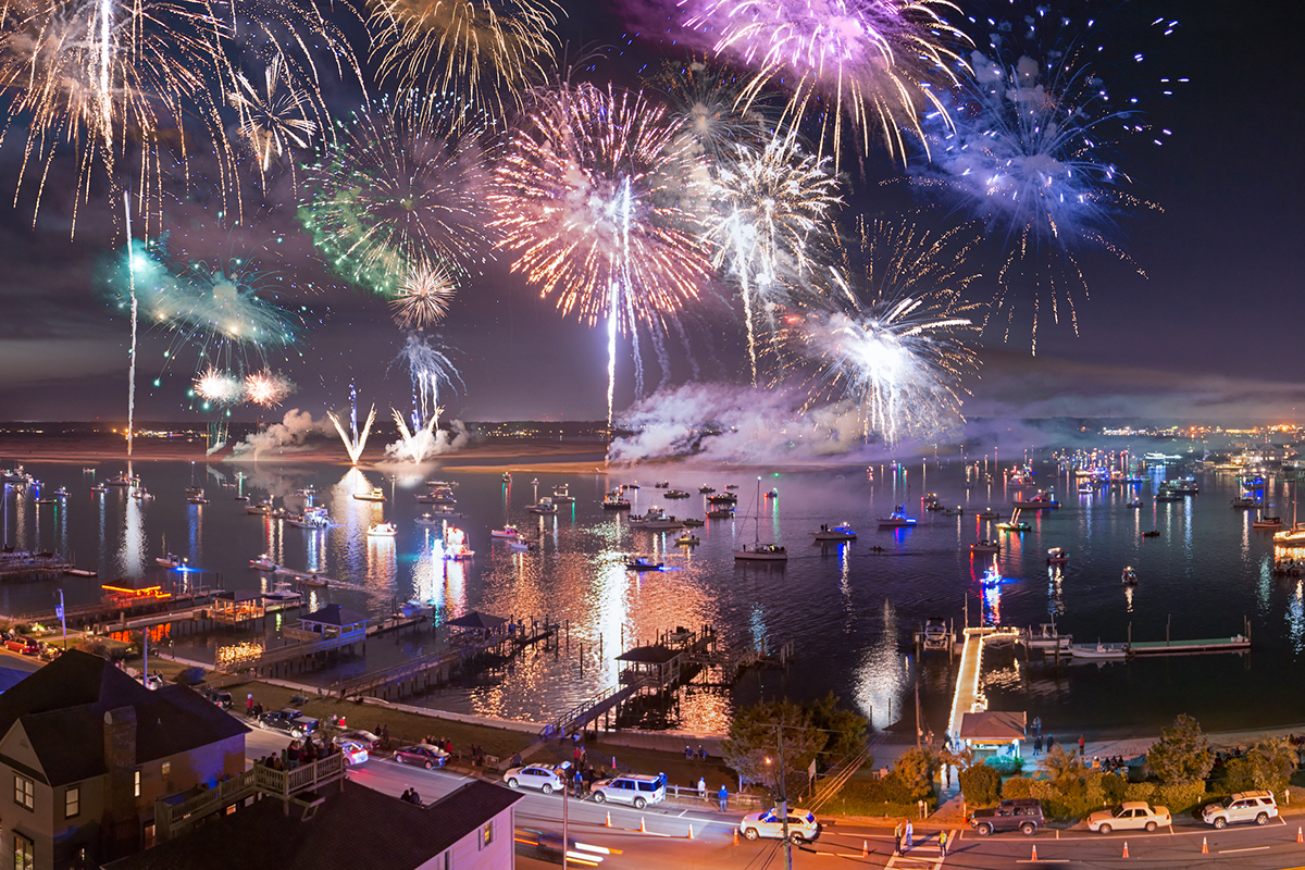 NC Holiday Flotilla and Fireworks, Courtesy of Ned Leary Photography