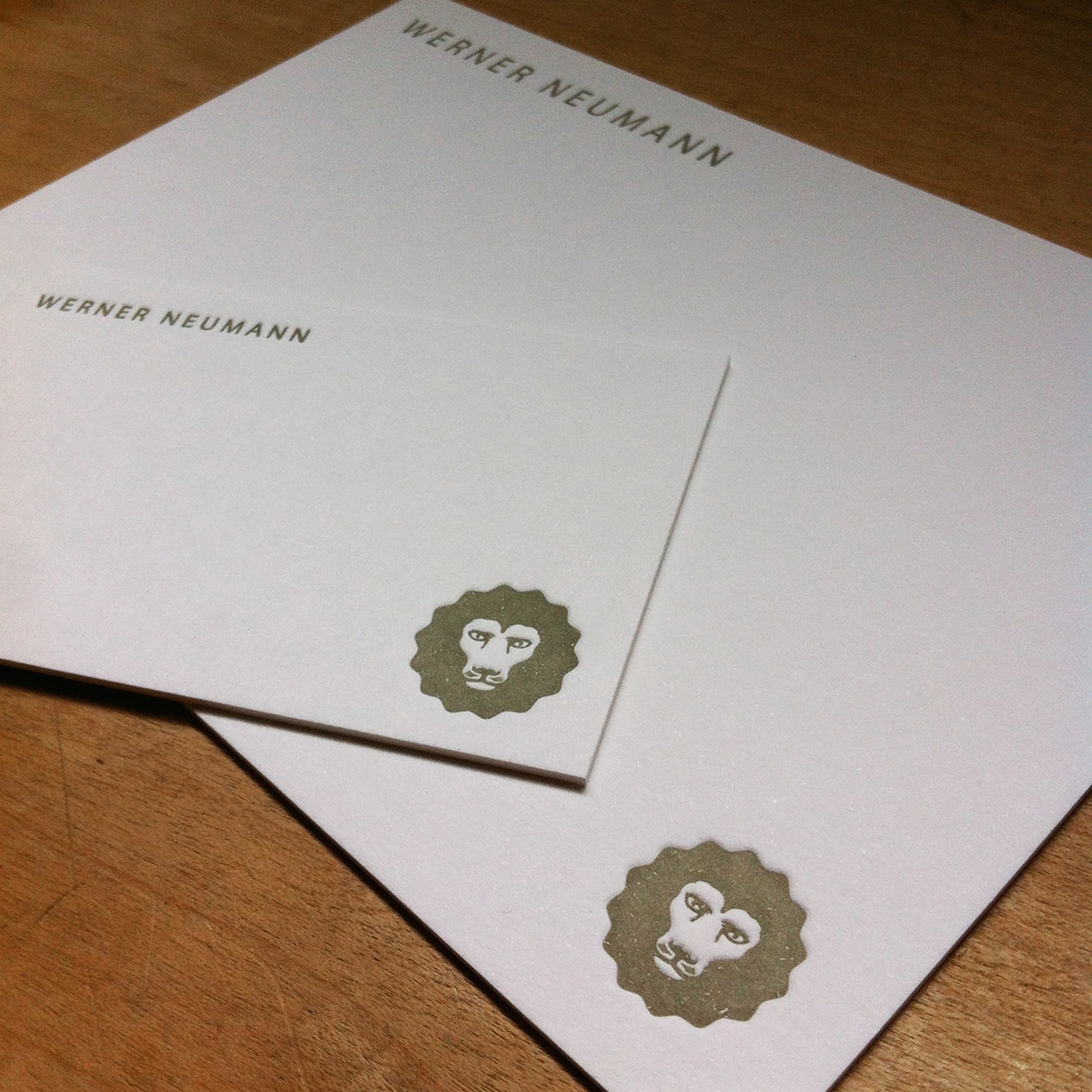 CREATIVE: Letterpress calling cards..with added Lion