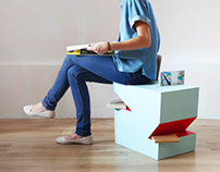 Seat / Magazine rack