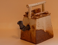 Well shaped teapot