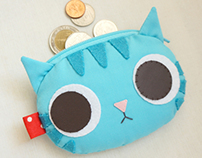 Blue mint coin purse
