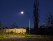 Dusk and darkness at the suburbia
