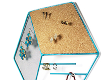 Tres- Jewelry Organizer