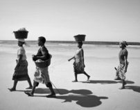 Women of the Low Tide (Mozambique)