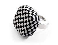 Checkerboard ring